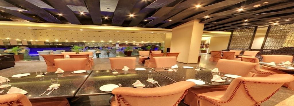 20 Char Restaurant In Sterling Mac Hotel