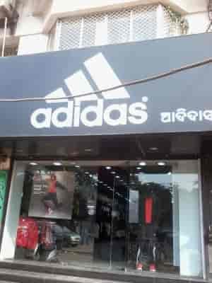 Adidas esclusivo negozio, ashok nagar scarpa spacciatori in bhubaneshwar