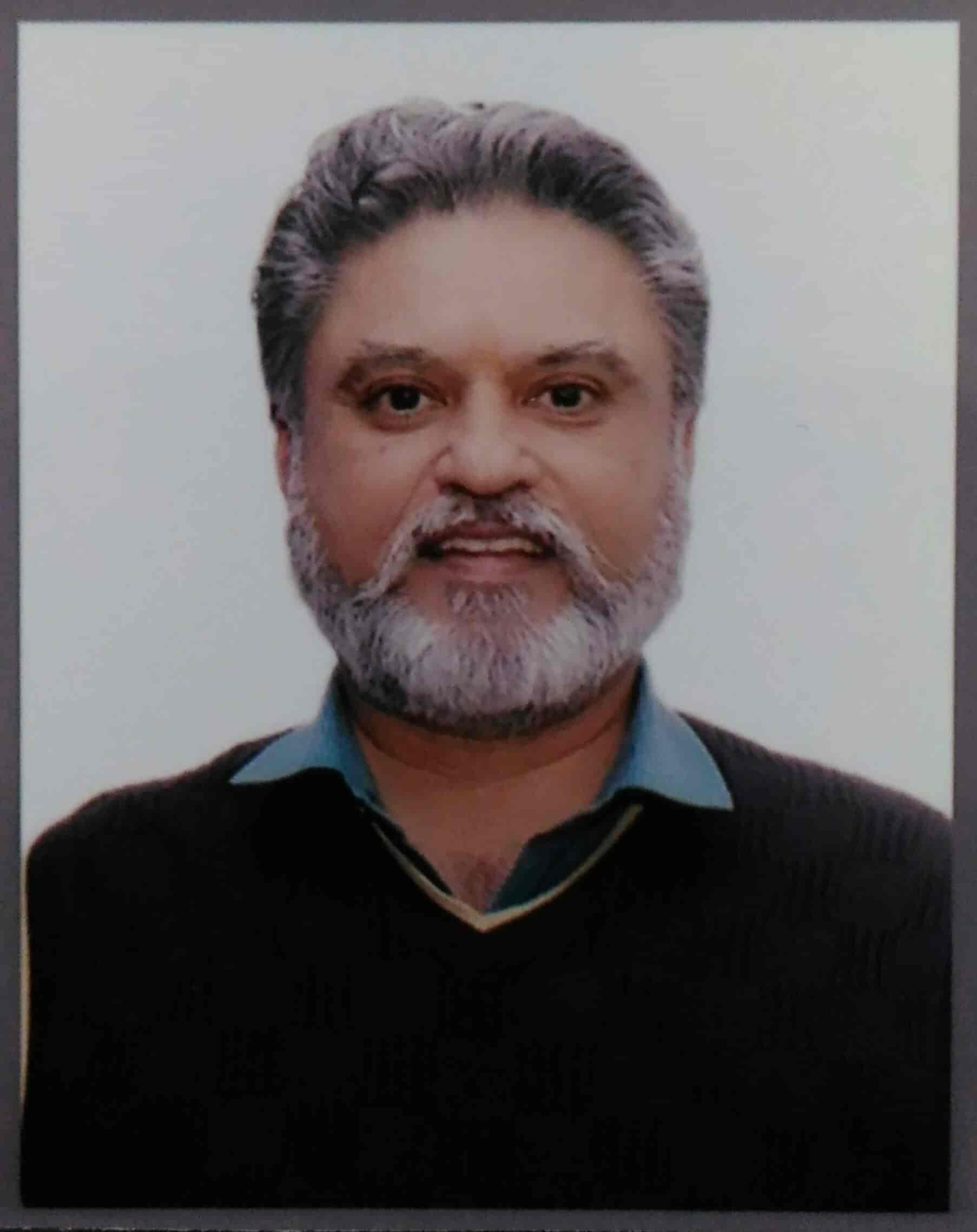 gurmeet singh astrologer