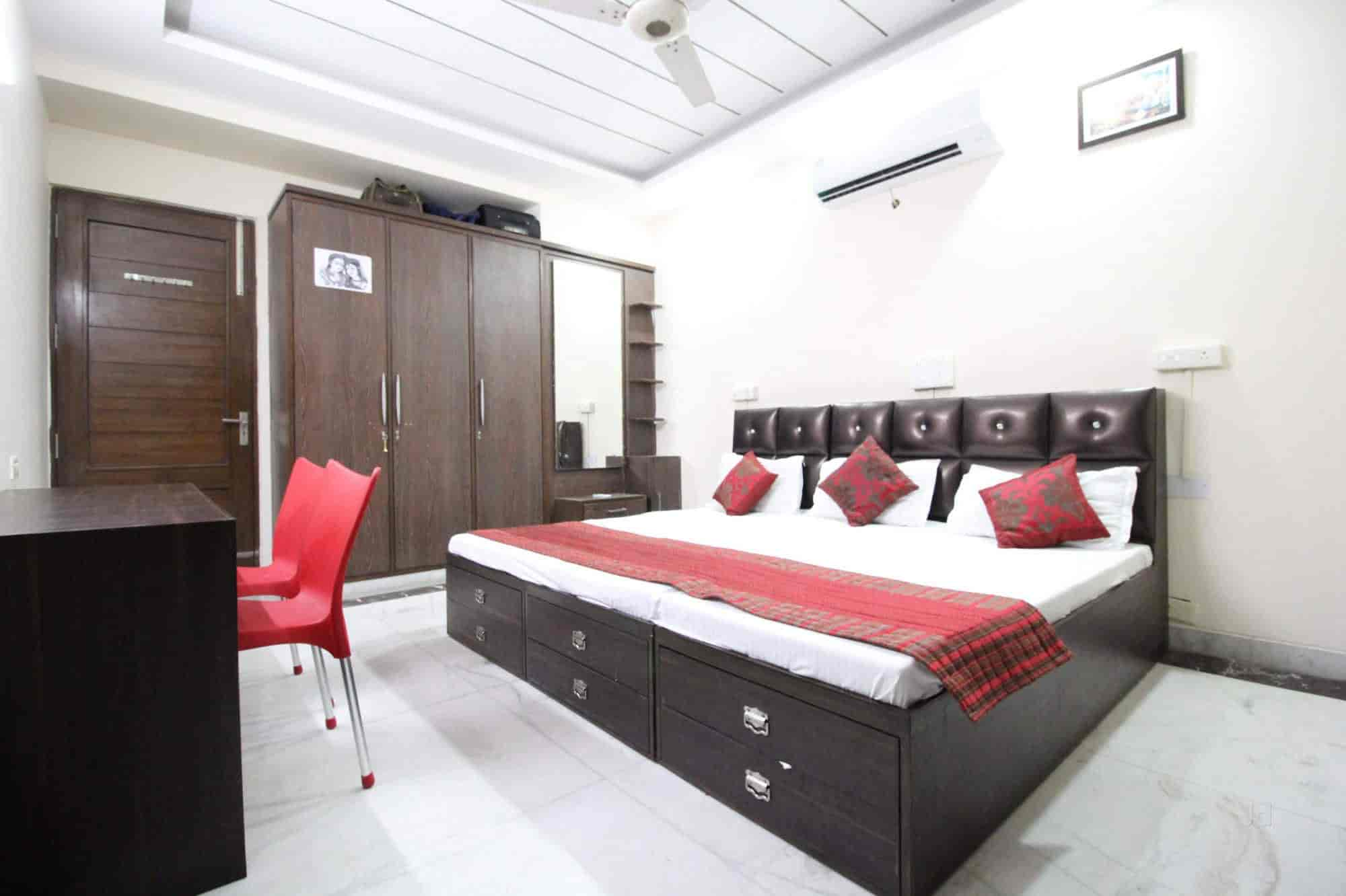new home bedroom designs 2%0A     Aashray Home Stays Photos  Chandigarh Sector   d  Chandigarh  Paying  Guest Accommodations