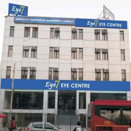 Dr Rajat Maheshwari Eye7 Chaudhary Eye Centre Photos Lajpat Nagar