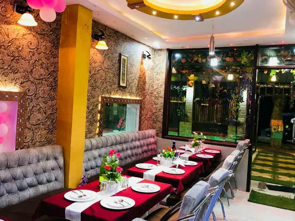 Fabulous Top Restaurants In Gida Gorakhpur Serving Buffet Buffet Interior Design Ideas Skatsoteloinfo
