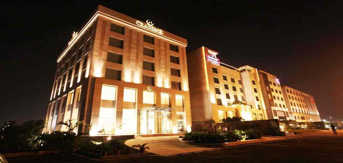 Hotel Front View Clarens Photos Sector 29 Gurgaon 4 Star Hotels