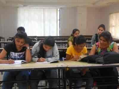 Hyderabad Students With Test Practicing