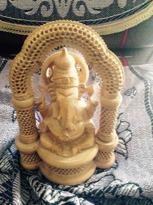 Vinayak Handicrafts Shastri Nagar Wooden Handicraft Manufacturers