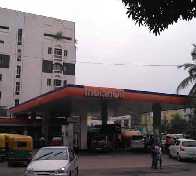 Top 30 Indian Oil Petrol Pumps near Science City-Topsia