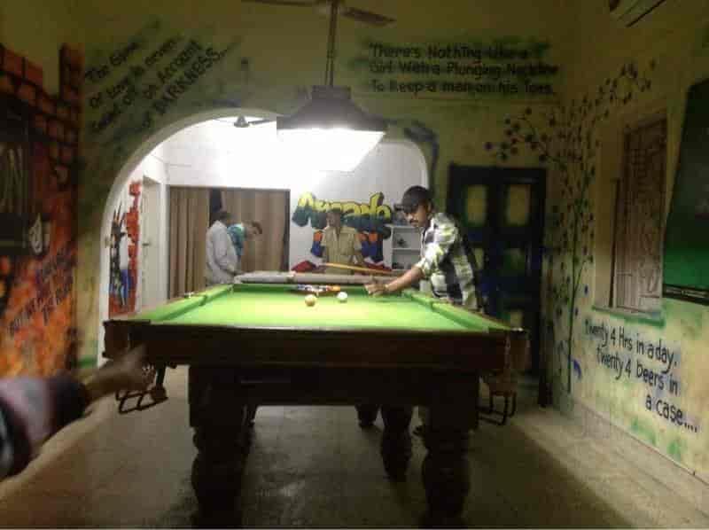 Top Billiard Pool Parlours in Garia - Best Snooker Pool