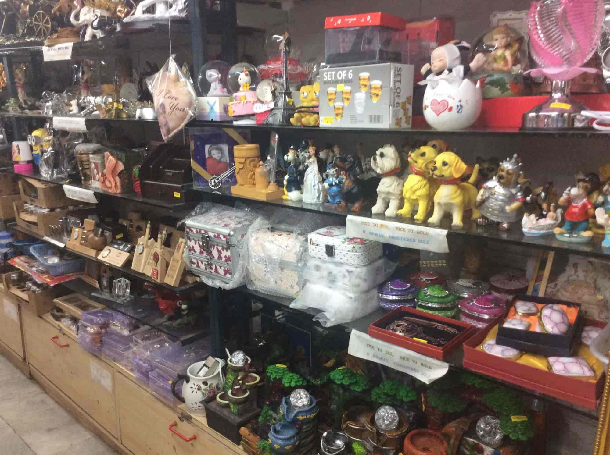 Hallmark Gift Shop Photos, Vile Parle East, Mumbai- Pictures ...