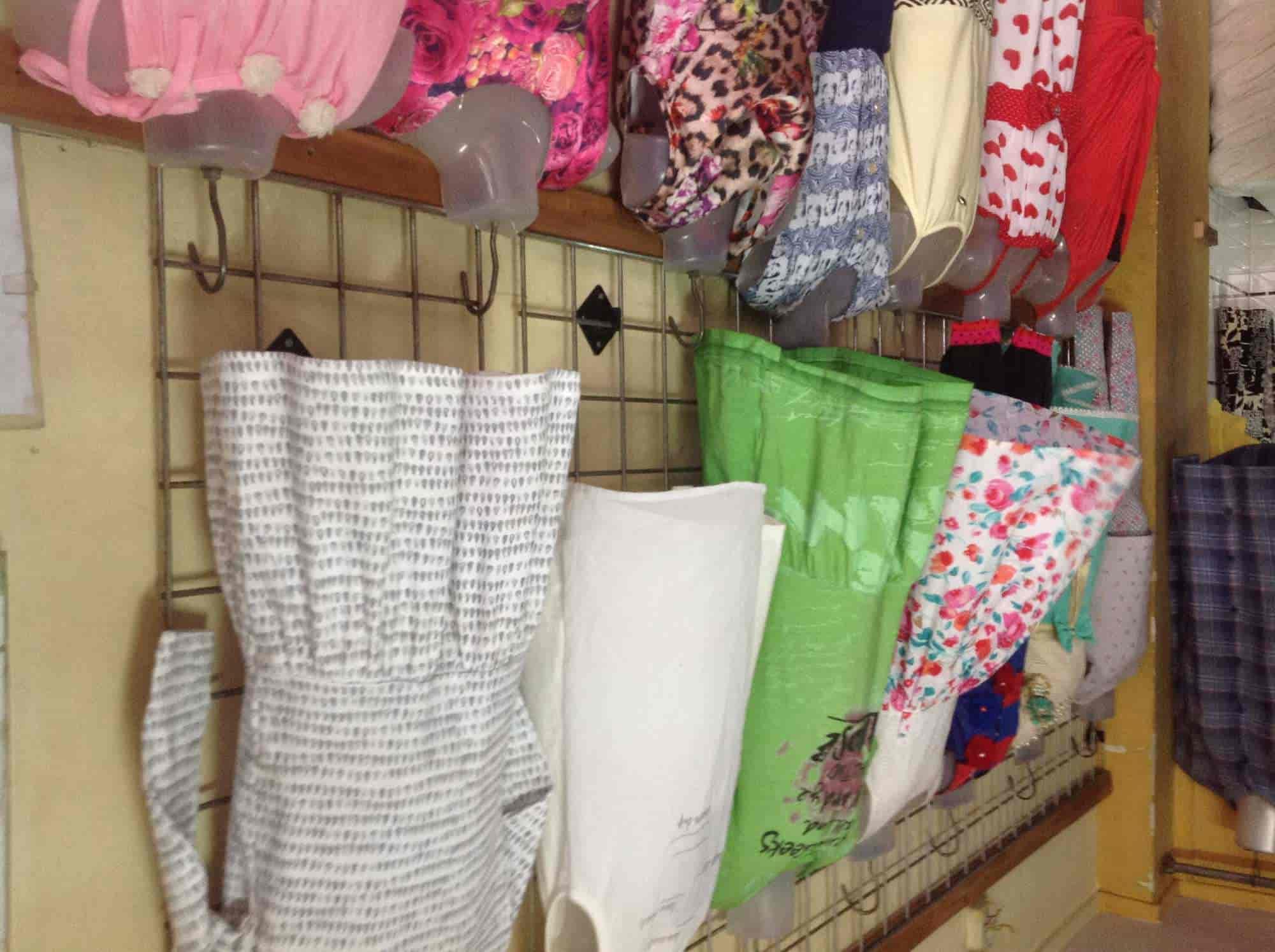 ... Sara Collection And Shopping Centre Photos, Kalyan, Mumbai   Readymade  Garment Retailers ...