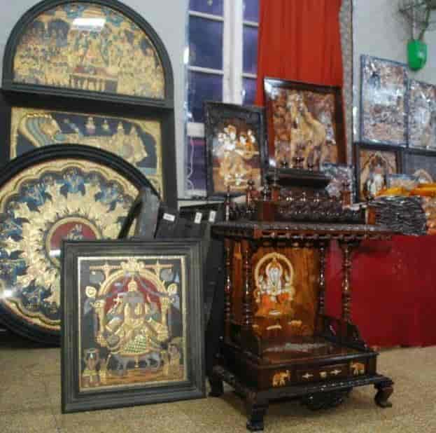 Poompuhar Sales Showroom Handicraft Item Dealers In Tirunelveli