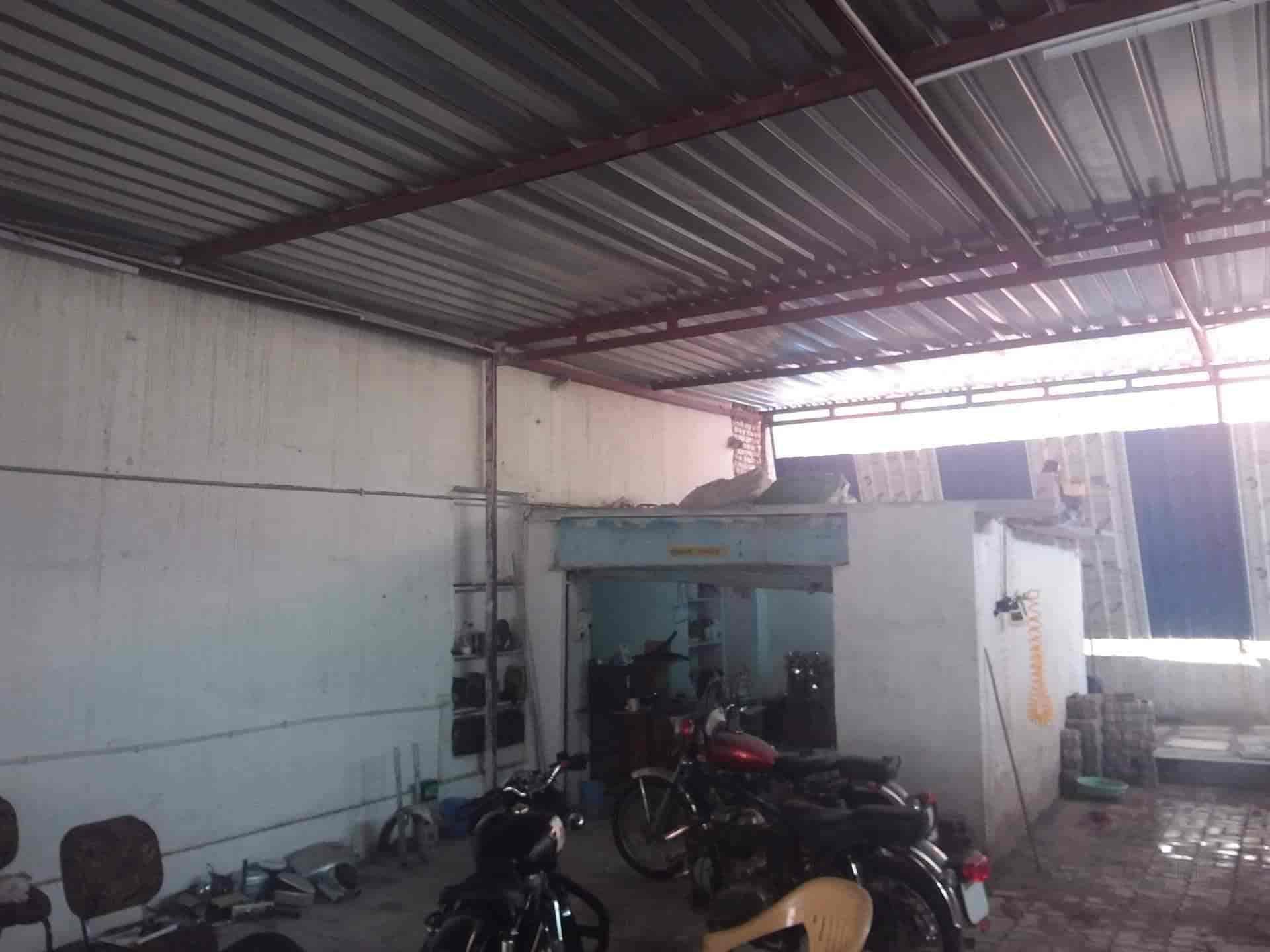 Top Suzuki Gixxer Motorcycle Repair & Services in 14 - Best Suzuki