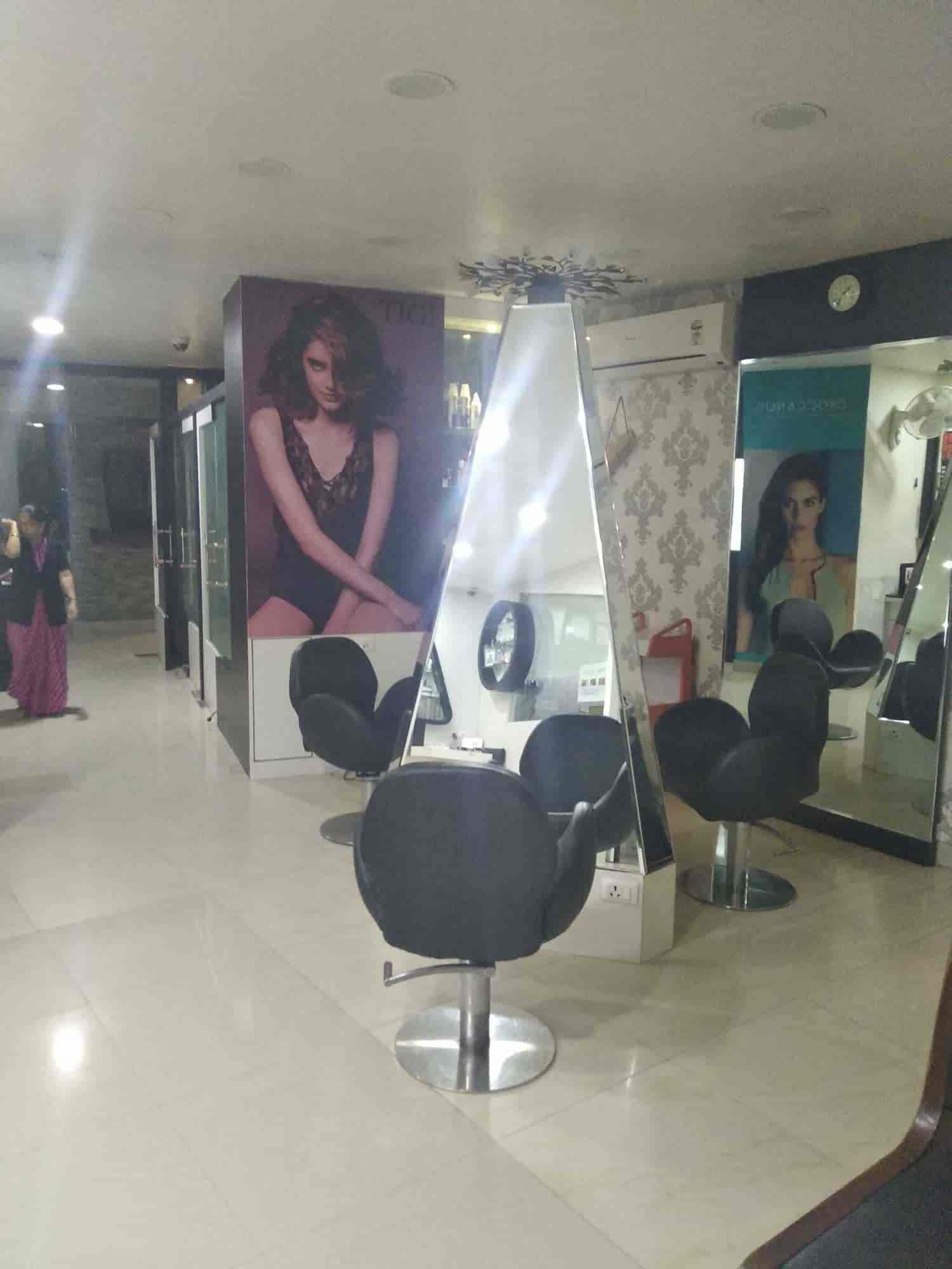 Top Beauty Parlour Institutes in Udaipur-Rajasthan - Best Beauty