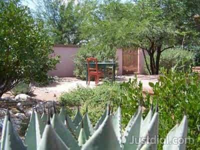 Harlow Gardens 5620 E Pima St, Tucson, AZ   85712 1of5
